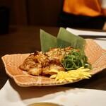 銀座 秋田県産比内地鶏専門店 美郷錦 - 比内地鶏の扁桃味噌焼