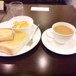 かみすばし珈琲 - ホットコーヒーとトーストセット(\400)