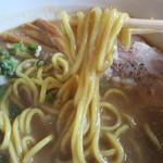 麺や 高野 - 豚骨魚介醤油らぁ麺 の麺