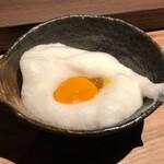 すき焼き炭火居酒屋 北斗 - メレンゲと卵黄