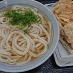 香川屋本店 - 料理写真:かけ(大)+ちく天+かき揚げ+とり天