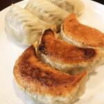 上海点心 豫園 - 料理写真:じゅわって肉汁がすごい!