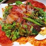 鳥打令 - 海鮮生野菜韓国風サラダ
