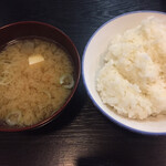 とん将 - ご飯とお味噌汁
