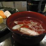 海鮮家 小樽磯鮨 - お寿司についてくる吸い物