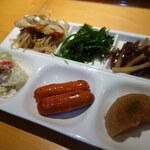 小料理 石蕗 - 付き出し3種(2人分)