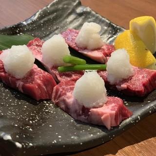 新鮮食材を使用◎王道のお肉から贅沢な逸品まで盛りだくさん!