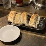 三ツ矢堂製麺 - 手仕込み大餃子
