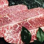 121908530 - 適度な脂身であっさりしたお肉です。
