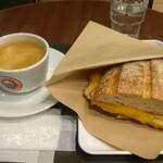サンマルクカフェ - 熱々ホットサンドモーニング ハムチーズと、ブレンドコーヒーSホット