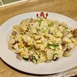 豆皿中華Q - シメにはガツンと美味しい特製チャーハン♪