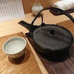 121915727 - 日本酒は豊盃と大那を1合ずつ。