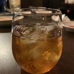 チャ~ボン多福楼 - 飲み放題の標準的な紹興酒。これはサラッとたくさん飲めちゃう。