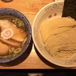 神田 勝本 - 味玉清湯つけそば大盛り 1,030円