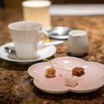 RISTORANTE&BAR EVOLTA - チェルトジーノ  自家製マシュマロ  アマレッティと杏
