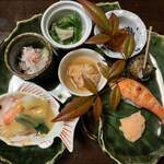 割烹 利助 - 料理写真:旬の前菜