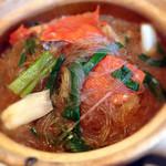 honkonkaisenryourikishina - 渡り蟹と春雨の土鍋煮込み