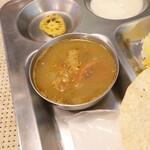 南インド家庭料理 カルナータカー - マスール豆 (レンズ豆)のカレー
