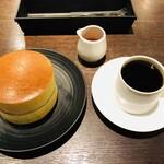 みじんこ - ホットケーキとコーヒー