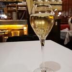 121971514 - スパークリングワイン