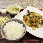 12199161 - キクラゲと玉子炒め定食650円