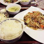 陳記厨房 - 野菜炒め定食680円