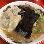 駒や - 料理写真:特ワンタン麺