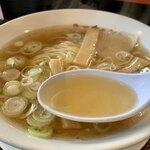 ラーチャン家 - 煮干しダシ香るスープ