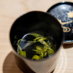 新ばし 星野 - 菊花のお吸い物