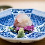新ばし 星野 - 料理写真:明石の鯛の昆布締め