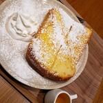 エロイーズカフェ - フレンチトースト