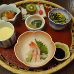 Resutorankureachuru - 花かごランチ 1600円