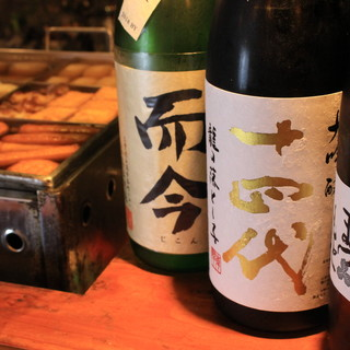 日本酒に精通したスタッフが厳選。通も唸る珠玉のラインナップ!