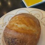 四季庭 カフェ&レストラン - パン