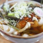 うどん亭 - 料理写真:豪快な盛りの山菜うどん(¥500税込み)