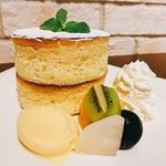 ジョリーアンジュ - アンジュのスフレパンケーキ