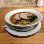自家製麺 うろた - 料理写真:醤油の純鶏ソバ~☆