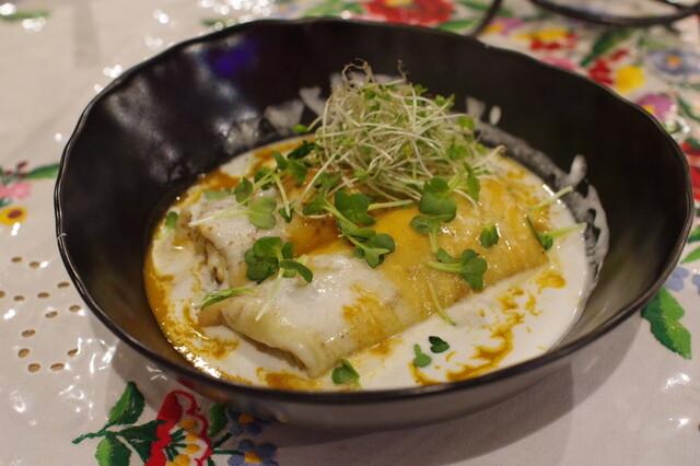 パプリカ ドット フの料理の写真