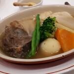 122022288 - 本日のお肉料理:美瑛ファーム産ジャージー牛すね肉と野菜のポトフ