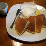 カフェゆるり - 手作りホットケーキ(380円)