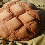 浅草 花月堂 - できたてメロンパン