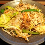 122042882 - 肉野菜炒め(接写)