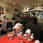Puropera - 神戸といえば神戸牛だね。三宮は日本でも指折りの             ステーキ店激戦区なんだよ。こちらのお店は、リーズナブルに             神戸牛ランチがいただけるって評判なの。