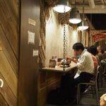 スープカレーGARAKU - 店内(カウンター席)