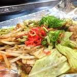 狸狸亭 - 野菜炒め