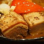 スープカレーGARAKU - とろとろ炙り焙煎角煮(角煮)