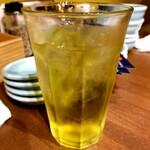 札幌餃子きたろう - 緑茶ハイ