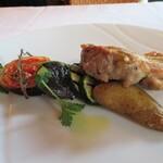 122056137 - 広島産赤鶏もも肉と旬野菜のグリル 付け合わせの野菜が全部美味しい♪