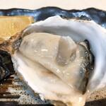 122057227 - 厚岸の生牡蠣