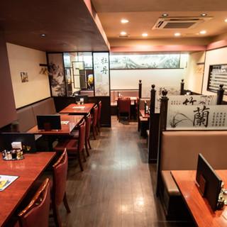 中国の雰囲気漂う落ち着いた空間でお食事を♪貸切も承ります